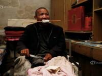 Un barbat si-a taiat singur piciorul infectat, pentru ca nu avea bani pentru tratament