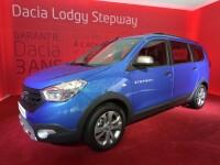 Dacia s-a strecurat printre masinile de sut de mii de euro de la Paris. Cu ce schimbari au venit Lodgy, Sandero sau Duster