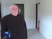 Un preot a devenit parinte pentru 12 suflete abandonate. A ridicat o casa pentru cei iesiti din sistemul de protectie sociala