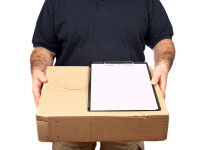 A vrut sa se razbune pe fosta iubita, asa ca i-a trimis un pachet prin posta. Ce a gasit ea inauntru cand l-a deschis