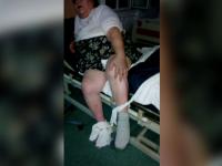 Fiica unei paciente care a murit la un spital din Craiova ii acuza pe medici ca au legat-o de pat si nu i-au dat tratament