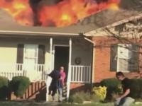 Gestul eroic al unui pompier din SUA. Si-a riscat viata pentru a salva un caine dintr-o casa in flacari