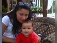 Femeie din Gorj si fetita de 2 ani, date disparute in Belgia. Sotul banuieste ca a fost parasit pentru un marocan