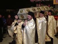 Cel mai mare pelerinaj ortodox din Romania a ajuns la final. 200.000 de oameni s-au inchinat la moastele Sfintei Parascheva
