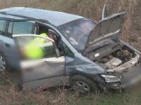 Un barbat din Botosani si-a bagat cei trei copii in spital, dupa ce s-a urcat baut la volan si fara permis de conducere