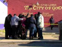 Un preot din Detroit a impuscat mortal cu pistolul sau semiautomat un barbat care l-ar fi amenintat cu o caramida