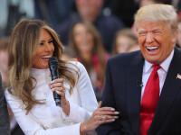 Donald Trump a fost surprins in timp ce tragea cu ochiul la sotia sa, Melania, in timp ce vota. Ce a observat republicanul