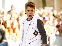 Justin Bieber si-a dezamagit fanii in timp ce canta in Manchester. Ce l-a deranjat atat de tare incat a parasit scena VIDEO