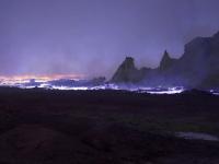 Imagini desprinse parca de pe alta planeta. Jihadistii au ars o uzina de exploatare a sulfului: 1000 de oameni, intoxicati