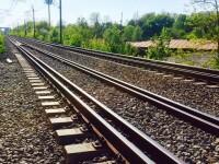 Hoţ de şine de cale ferată, prins în Rusia. Câte tone de metal avea în casă