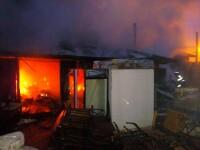 Incendiu la un depozit de electrocasnice din Iaşi