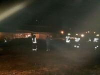 Focul din gara Breaza Nord, lichidat. În zonă a fost pericol de explozie