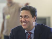 """Șerban Nicolae a găsit o greșeală: """"Doamna Anisie spune că activitățile didactice se poate suspenda"""""""