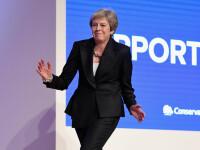 Theresa May a dansat pe melodia Dancing Queen, după ce a transmis un avertisment UE