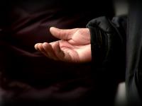 Copii şi bătrâni torturaţi şi mutilaţi, după ce li s-a promis o viaţă perfectă în Italia