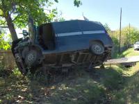 Un bărbat băut şi fără permis a încercat să conducă o utilitară. Ce tragedie a provocat