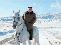 Motivul pentru care Kim Jong Un a urcat pe munte pe un cal alb.