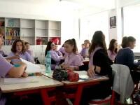 Cursuri online pentru elevi - peste 2.000 de ore de învăţare, din 10 domenii diferite
