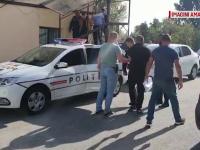 Scandal monstru în Găești. Adolescent atacat cu un cuțit de un grup de bărbați