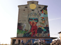 Picturi care amintesc de Revoluție au acoperit zidurile din Timișoara