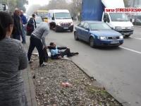 Doi şoferi s-au bătut în trafic până s-au umplut de sânge. Ce a aflat apoi poliţia despre ei