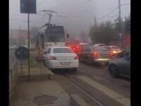 Scenă uluitoare în București. Ce i-a cerut o șoferiță unui vatman cu care s-a întâlnit pe contrasens
