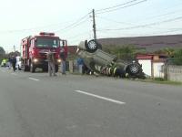 Un șofer din Gorj a izbit mașina într-un cap de pod, în timp ce își ducea socrul la spital