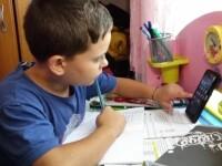 """Ministrul Educației: """"Cel mai probabil, de marți vor fi suspendate cursurile față în față"""""""