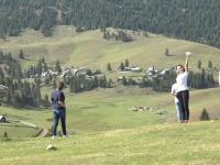 """Toamna din Munții Apuseni atrage turiștii cu peisaje de vis. """"Totul e din povești!"""""""