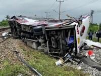 Tragedie de proporții în Thailanda. Zeci de morți, după coliziunea dintre un tren și autobuz de pasageri. VIDEO