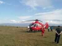Copil de 14 ani căzut cu bicicleta pe munte, preluat de elicopterul SMURD. Se lovise puternic la cap