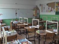 Ministrul Educaţiei a anunţat că ne pregătim de trecerea integrală în scenariul roşu a unităţilor de învăţământ