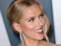 Actrița Scarlett Johansson s-a măritat cu scenaristul și actorul de comedie Colin Jost