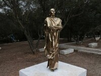 """O statuie a interpretei de operă Maria Callas, ridiculizată în Grecia: """"Arată ca un Terminator"""""""