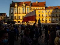 Primatul dreptului comunitar, pus în discuție de o decizie a Curții Constituționale poloneze, intrată în vigoare marți
