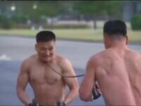 """VIDEO. Soldații din Coreea de Nord cu """"pumnii de fier"""". Demonstrații în fața lui Kim Jong-un"""