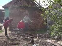 În prag de iarnă, o familie cu șapte copii riscă să rămână fără acoperiș deasupra capului. Cu toții trăiesc într-un beci