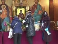 Mii de oameni s-au închinat la moaștele Sf. Dimitrie, pe Dealul Mitropoliei din București