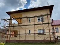 Renovarea școlii din Lădăuți cu ajutorul celor care folosesc serviciul \