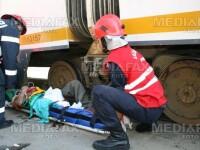 Tramvai lovit de TIR, la Constanta! Doi oameni au fost raniti!