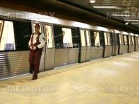 Sinucigasul de la metrou se zbate intre viata si moarte