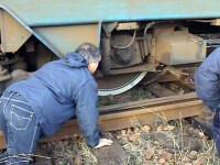 Doua vagoane de tren incarcate cu benzina au iesit de pe sine la Slobozia