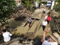 Zeci de strazi inundate si masini distruse la Cluj dupa o ploaie torentiala