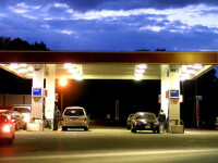 Rompetrol a scumpit motorina cu patru bani pe litru