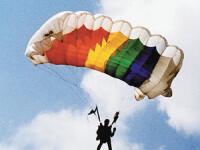 In avion cu teroristul! Afla povestea incredibila a unui parasutist roman!