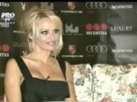 Pamela Anderson a acceptat sa cante un duet cu Loredana