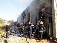 Incendiu la un depozit de mobila din Bucuresti!