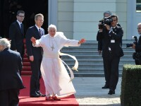 Vatican: Barbatul retinut de politia germana dupa ce a deschis focul nu are nicio legatura cu Papa