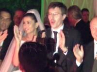 Video EXCLUSIV de la nunta Elenei Basescu. A dansat pe muzica lui Elvis si a fost furata cu caleasca