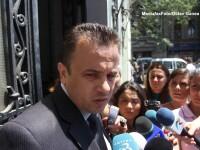 Ministrul Liviu Pop a fost intampinat cu huiduieli la combinatul Oltchim Ramnicu Valcea